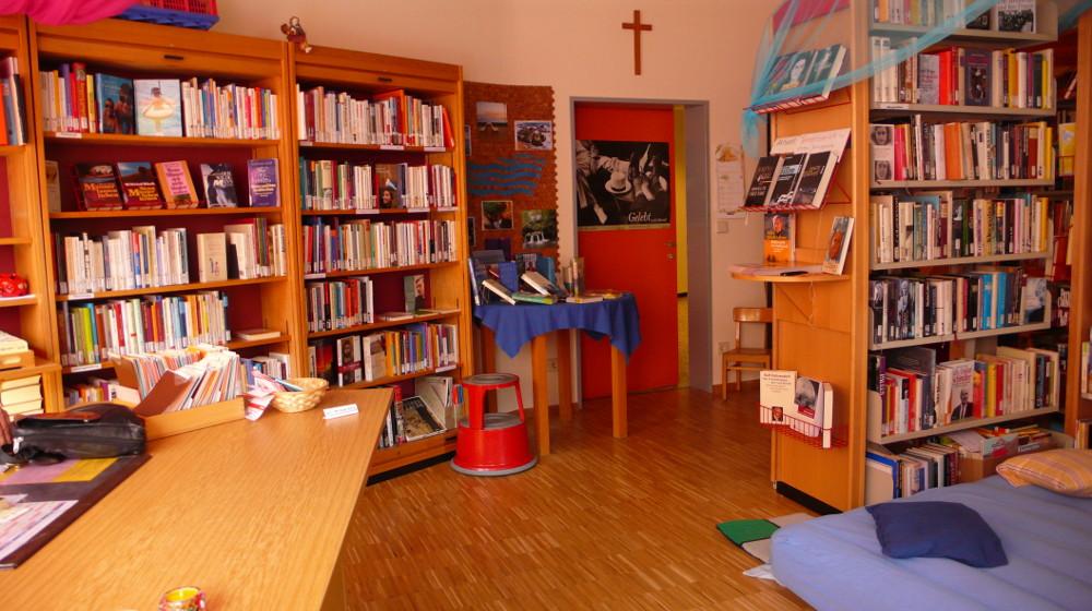 Bücherflohmarkt_St_Barbara_1000x560px